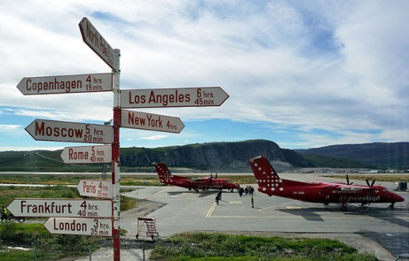 changing-planes-at-kangerlussuaq-airport-1